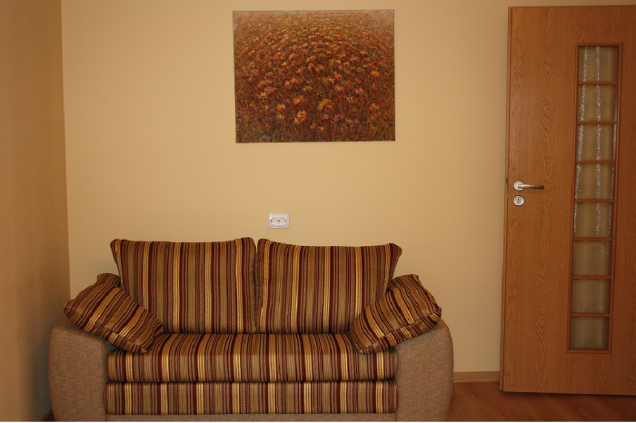 HUGO-6-sofa-700x466
